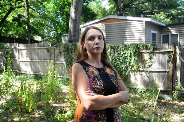 Theresa Walch Has Been A Resident Of Syosset Mobile Home Park For 20 Years She Stands In Front Vacant Lot On Friday Aug 28 2015 That Once Held