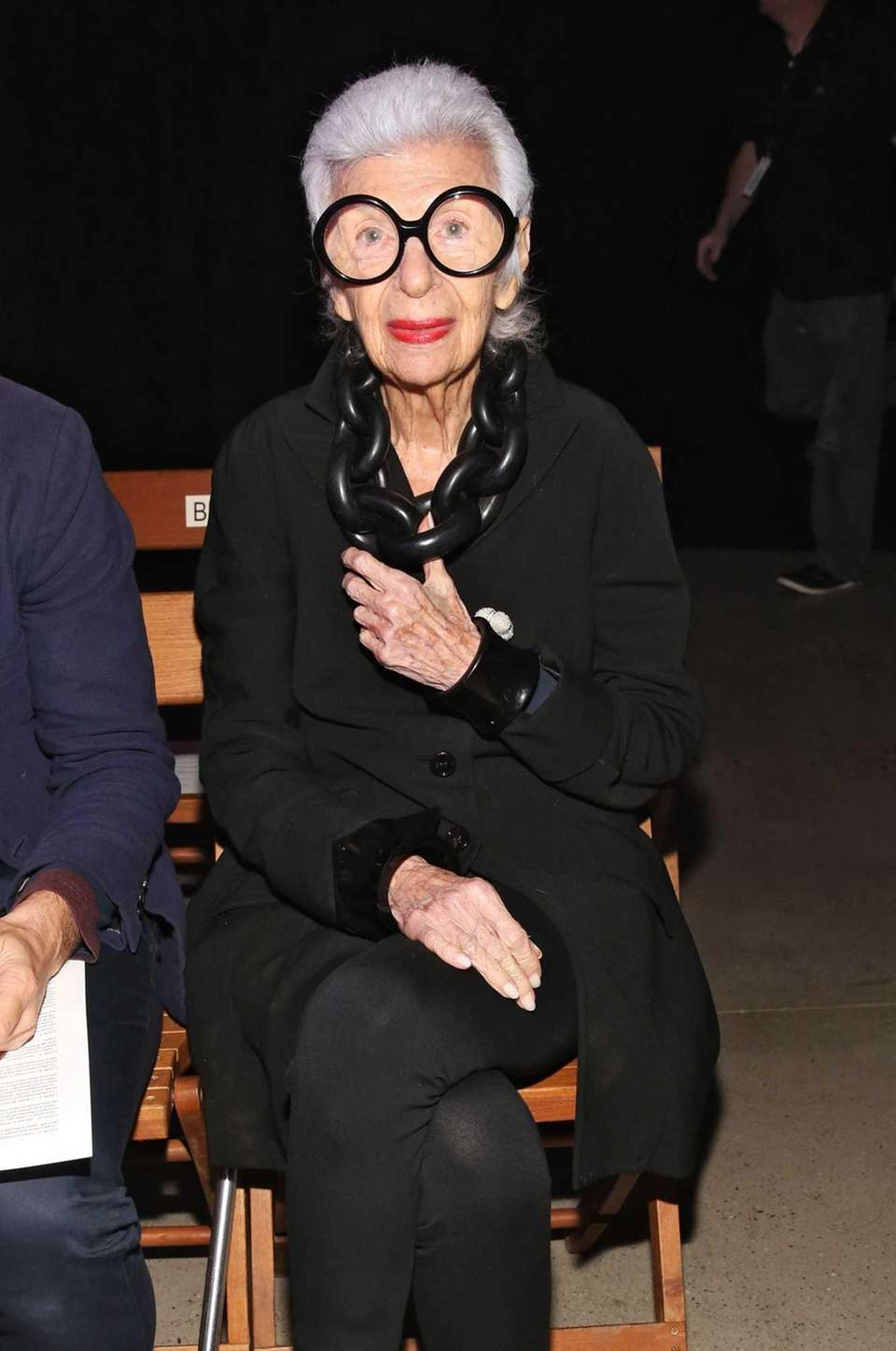 Iris Apfel attends the Thom Browne Spring 2016