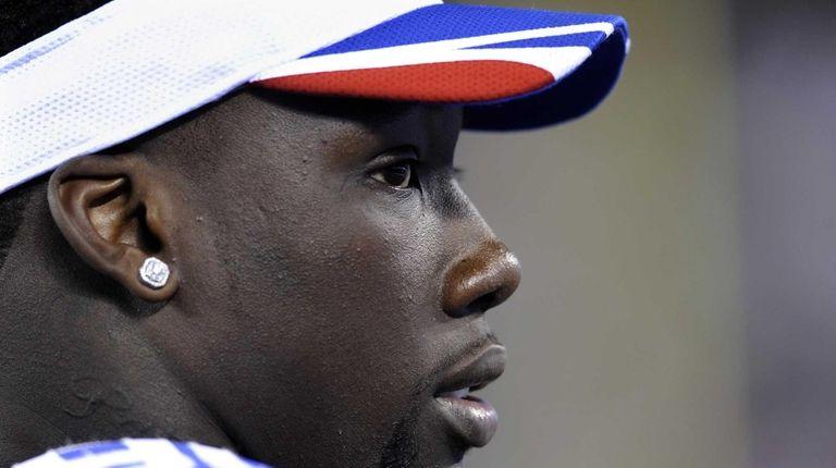 New York Giants defensive end Jason Pierre-Paul looks