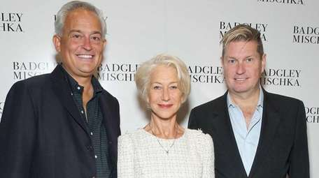 Helen Mirren, flanked by designers Mark Badgley (left)