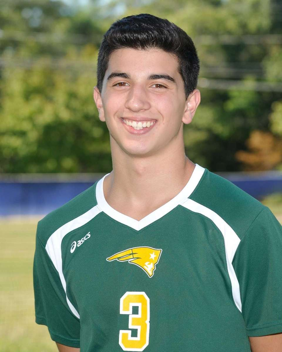 Ward Melville, Junior, Setter Had 562 assists, 45