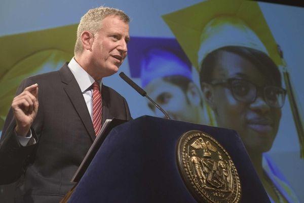 New York City Mayor Bill de Blasio announces