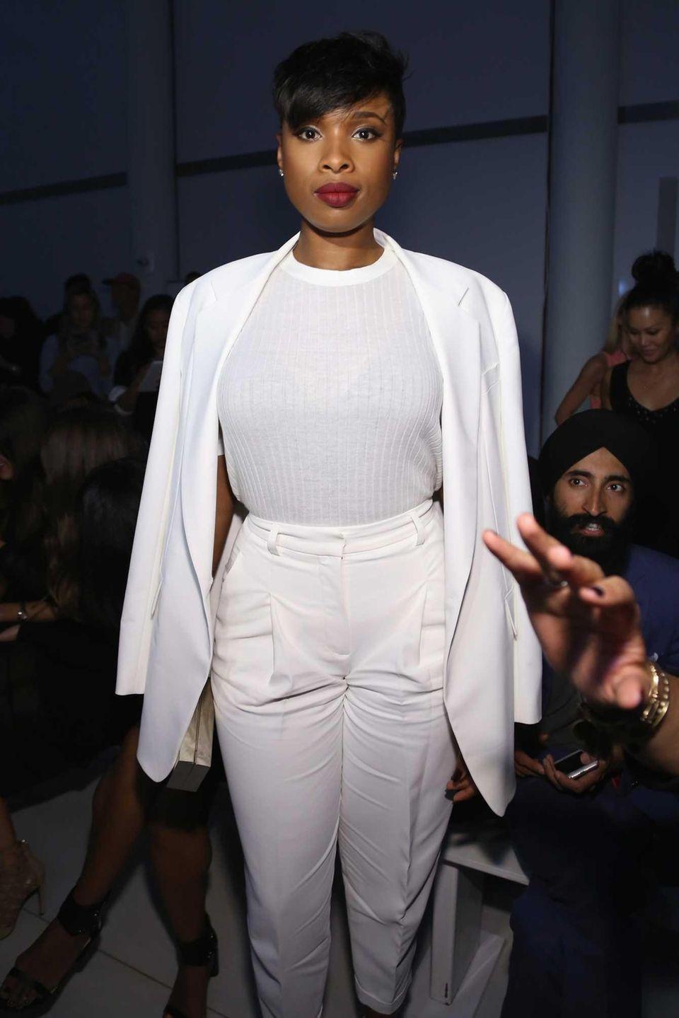 Singer Jennifer Hudson attends DKNY Women's Spring 2016