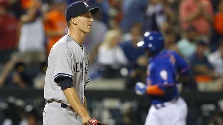 Chasen Shreve of the New York Yankees looks
