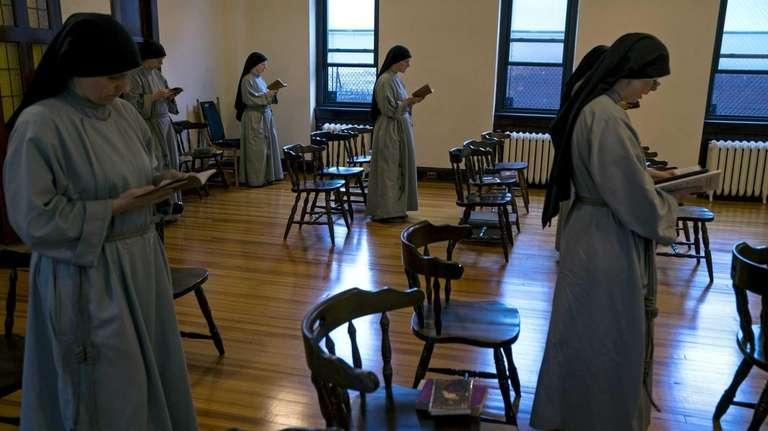 The Community of Franciscan Sisters of the Renewal