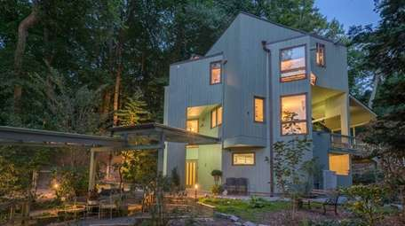 This Locust Valley home, on the market for