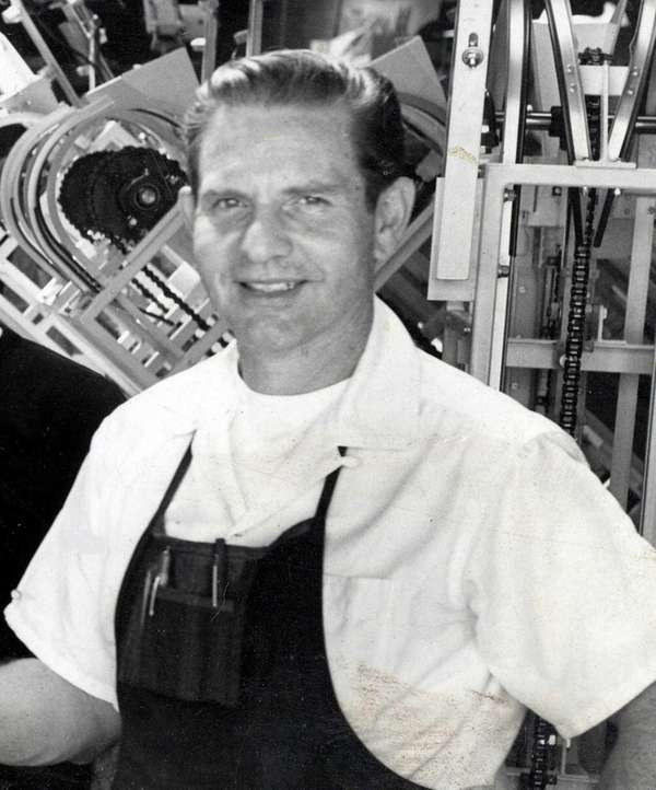 Daniel Thompson, who invented the Thompson Bagel Machine,
