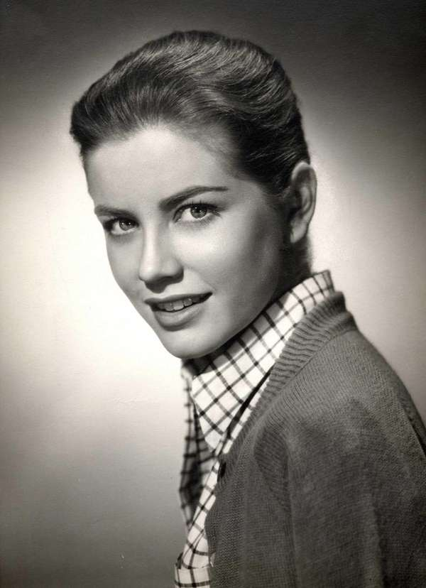 Dolores Hart in 1962 startled the film world