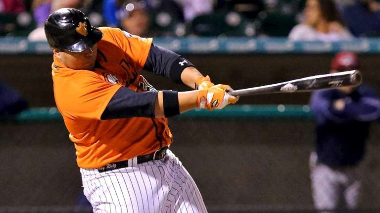 Long Island Ducks designated hitter Randy Ruiz connects