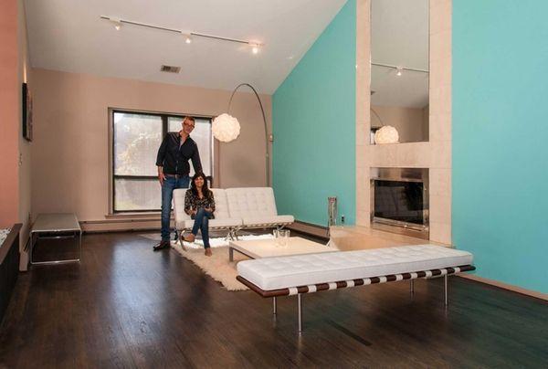 Steve and Vina Vollmer in the living room