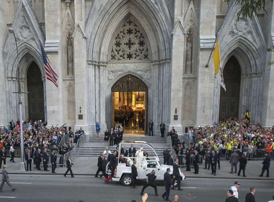 Pope Francis arrives at St. Patrick's Cathedral in