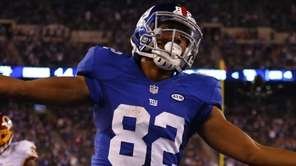 Rueben Randle of the New York Giants celebrates
