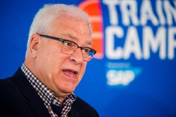 New York Knicks president Phil Jackson speaks to