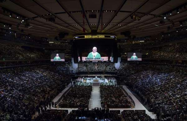 Pope S Mass At Madison Square Garden Not For A Music