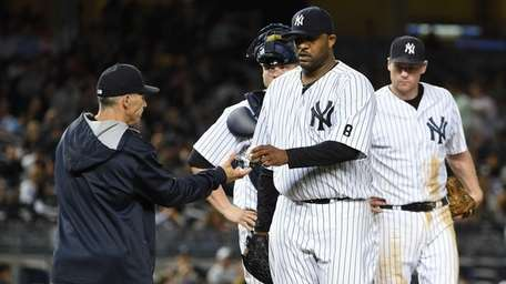 New York Yankees manager Joe Girardi takes the