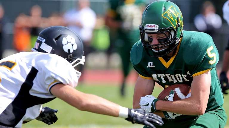 Ward Melville WR John Day looks to get