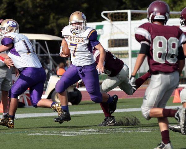 Keegan Syron runs the ball in the first