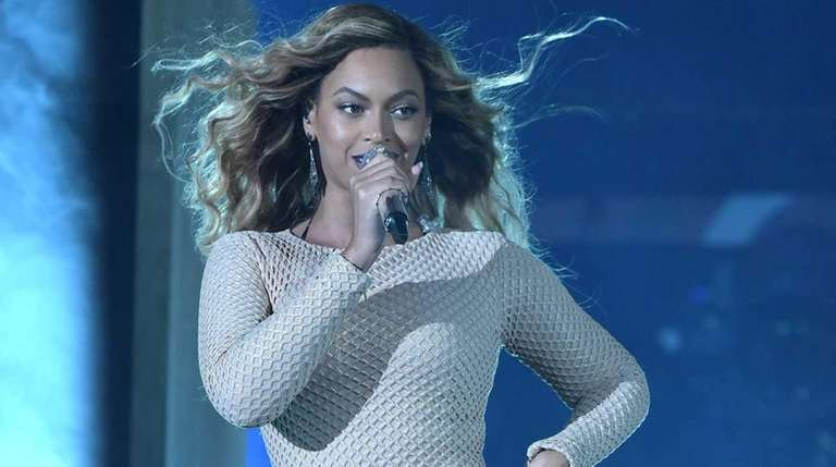NEW YORK, NY - SEPTEMBER 26: Beyonce performs