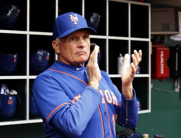 Terry Collins reacts to his teams play against