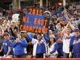 New York Mets fans celebrate after their beat