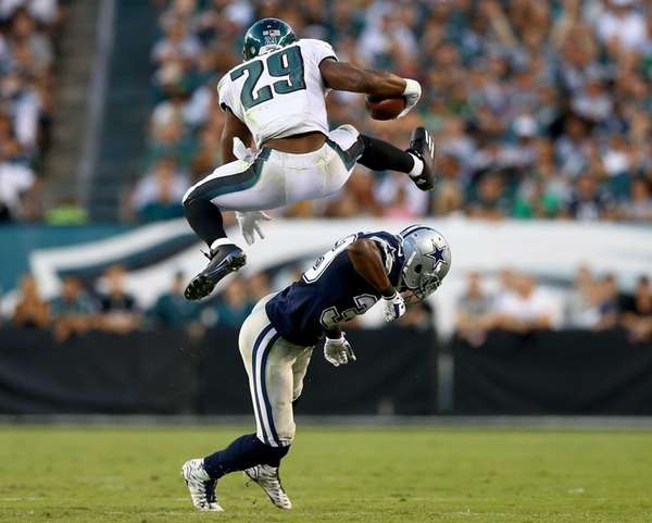 DeMarco Murray of the Philadelphia Eagles leaps over