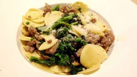 Strascinate Alberbello (house-made pasta with sausage and broccoli