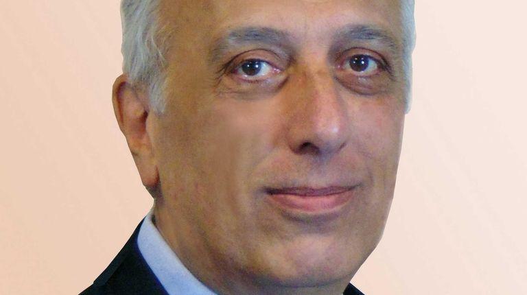 Abraham Kaltsas of Massapequa has been hired as