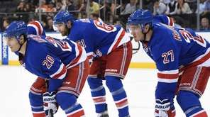 New York Rangers left wing Chris Kreider, left
