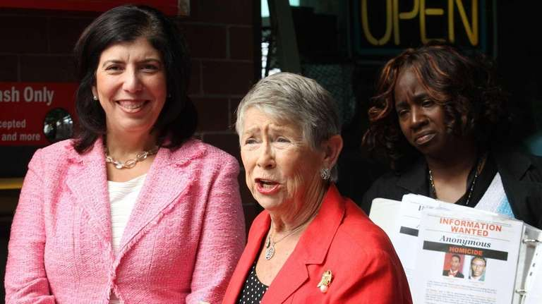Former Rep. Carolyn McCarthy joins Acting Nassau District