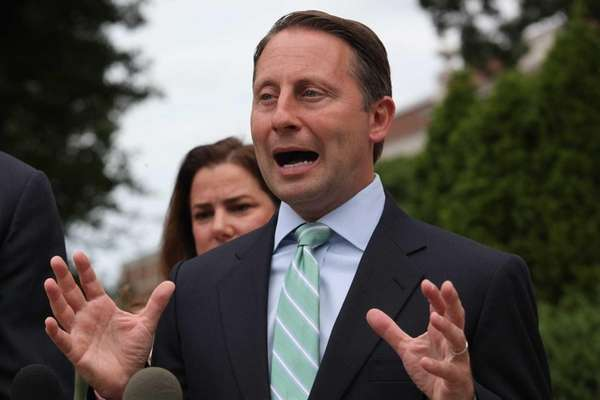 Rob Astorino promotes the