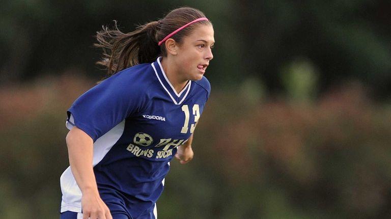 Baldwin's Jenna Annecchiarico moves the ball downfield during