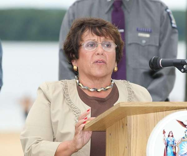 Barbara Fiala speaks at seat-belt safety event on