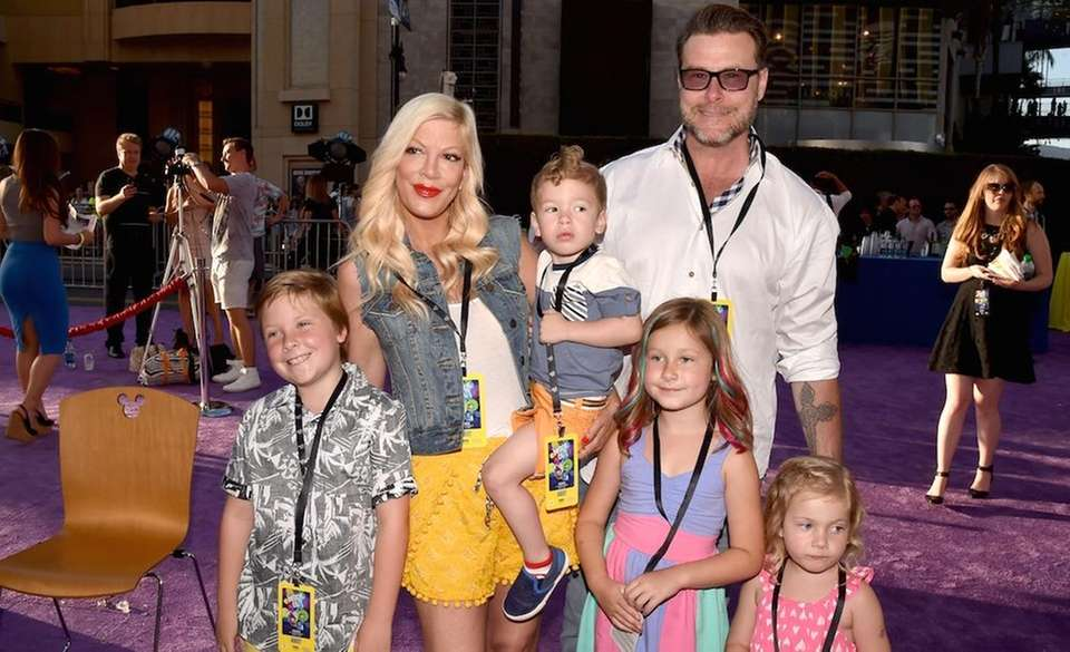 Today, Tori Spelling is a mom of four