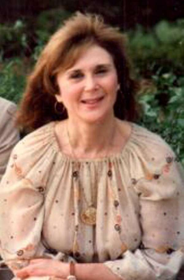 Vivian Farrell Logan of West Babylon died Sept.