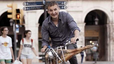 Phil Rosenthal in a scene from the food