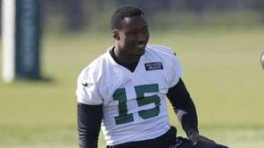 New York Jets wide receiver Brandon Marshall, left,