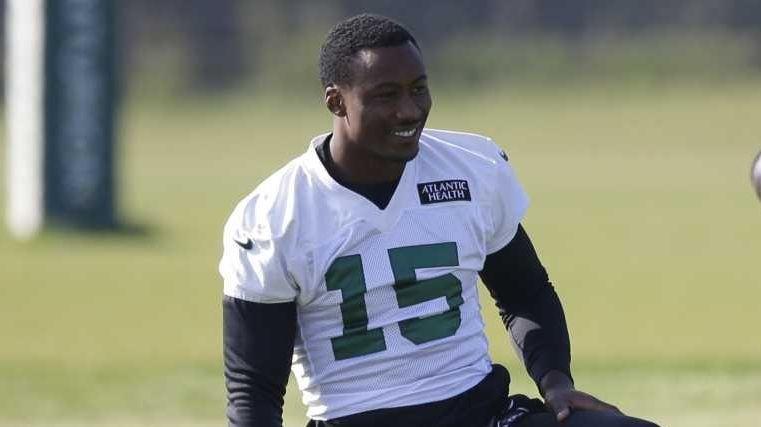 New York Jets wide receiver Brandon Marshall, left,