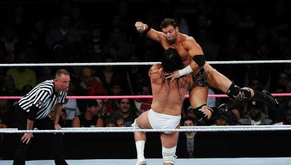 Zack Ryder about to pin Bo Dallas for