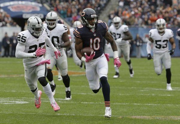 Chicago Bears wide receiver Marquess Wilson (10) runs