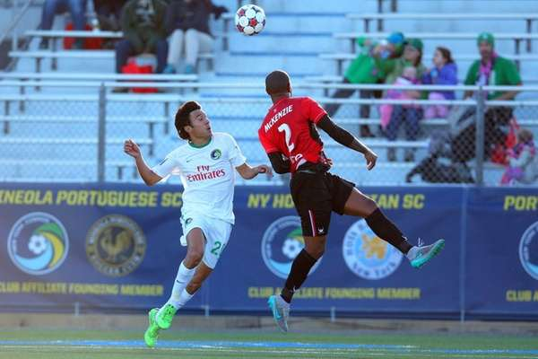 New York Cosmos midfielder Walter Restrepo #20 and