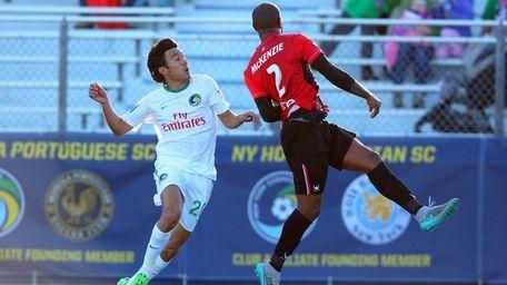 New York Cosmos midfielder Walter Restrepo #20 and