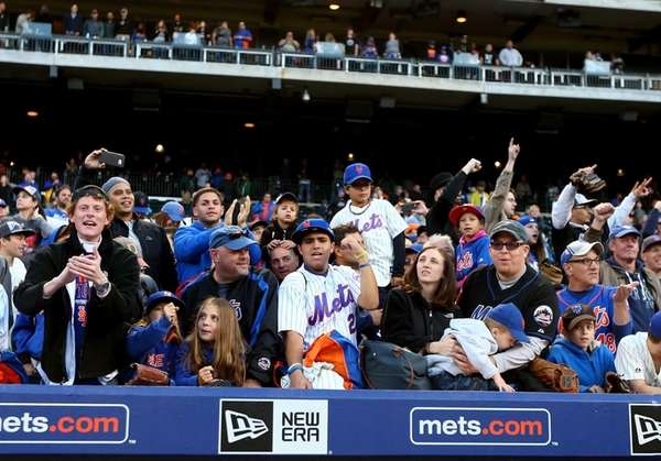 New York Mets and Yankees fans looking to
