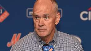 New York Mets general manager Sandy Alderson answers