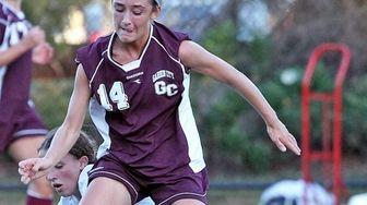Garden City's Isabel Klatt controls the ball during