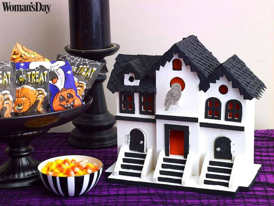 This birdhouse-turned-haunted house is the perfect way to