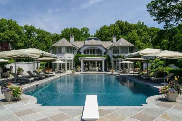 This $29.985-million property in Upper Brookville features a