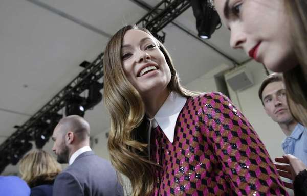 Actress Olivia Wilde attends the Spring 2016 collection