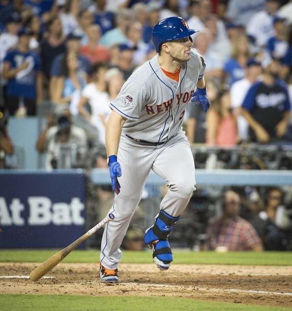 New York Mets' David Wright knocks a two-run