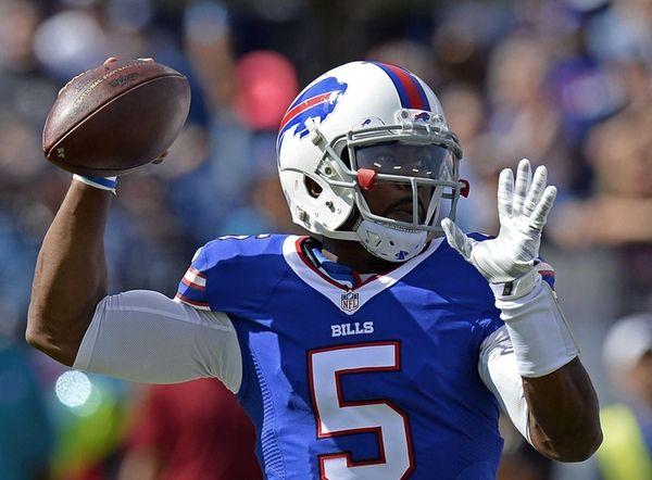 Buffalo Bills quarterback Tyrod Taylor (5) passes in