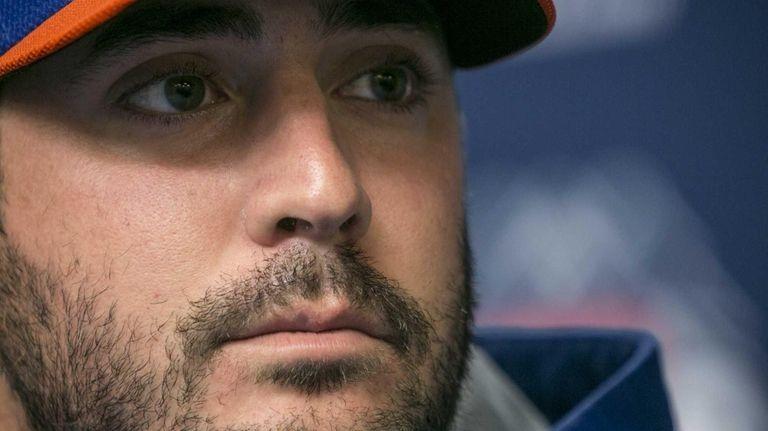 Mets Pitcher Matt Harvey speaks at a press